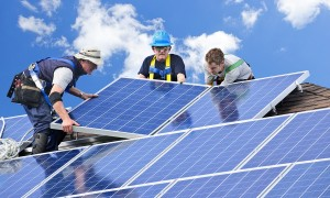 50-Plus-Report-3-Reasons-Why-It's-Time-for-Homeowners-to-Go-Solar-50+