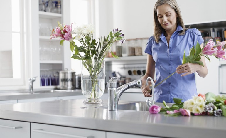 3 Tips to Extend the Life of Your Cut Flowers
