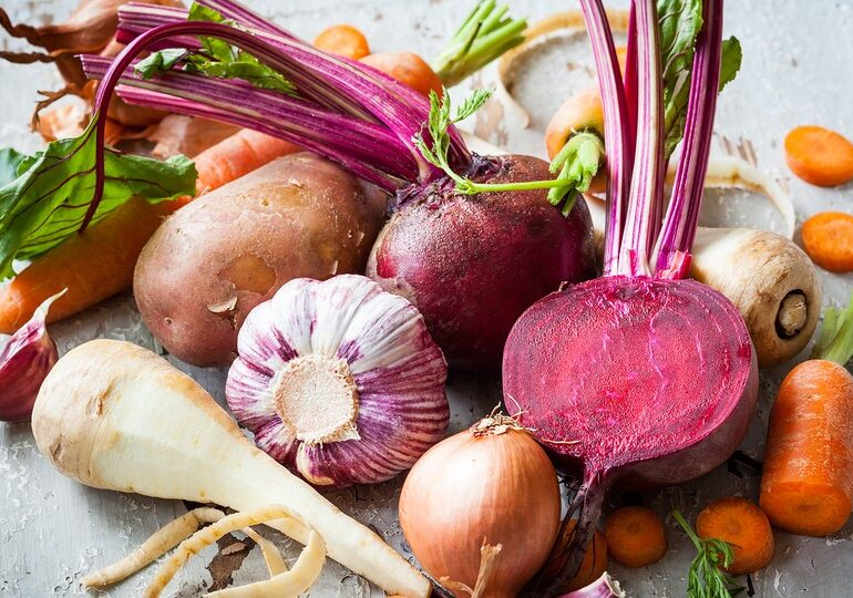 Convenient and Healthy: Food Delivery with CSAs