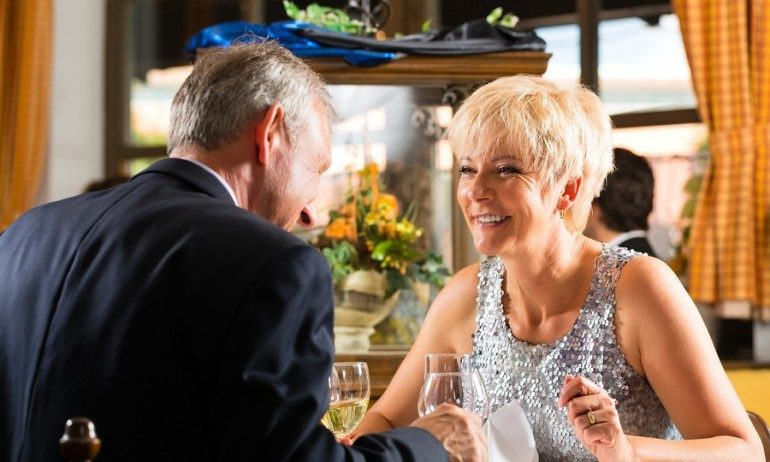 Dating Over 50 – Do's & Don'ts